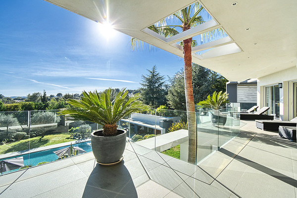 5 Magnificent Contemporary Villas for sale in the Codwell Banker network